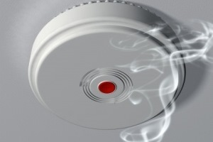 smoke alarm Image credit: paulfleet / 123RF Stock Photo