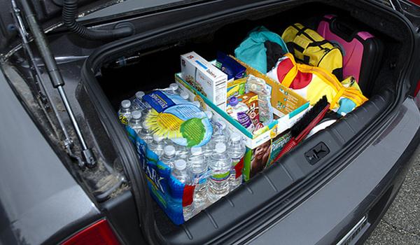 car_trunk_supplies