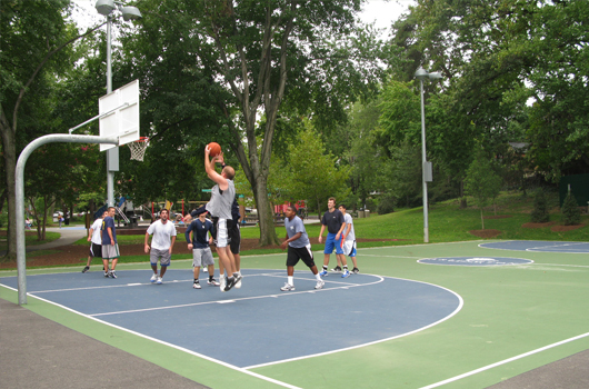 lyon_village_park_arlington_county_basketball_court