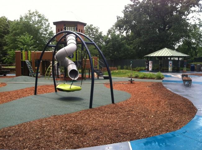 Ft Barnard playground 20144230