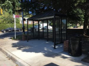 Bus stop at Mt. Vernon Avenue and South Glebe Road, after improvements